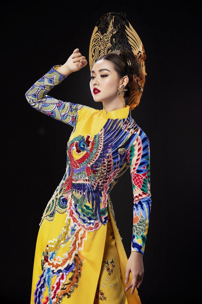 Vừa sang Nhật thi Miss International, Tường San đã tiết lộ hẳn 2 bộ áo dài cực kỳ hoành tráng để thi Quốc phục-8
