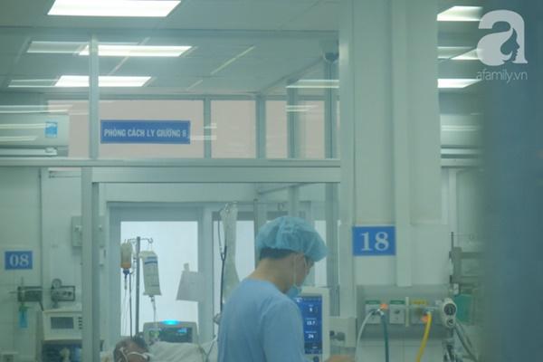 TP.HCM: Xăm chân mày tại một cơ sở thẩm mỹ một bệnh nhân nữ nhập viện tình trạng hôn mê, ngừng hô hấp-2