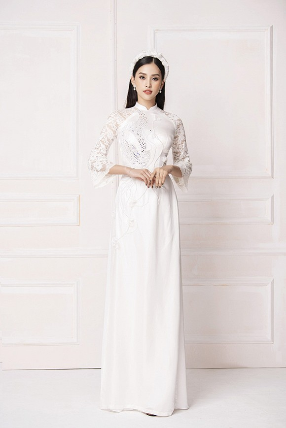 Hoa hậu Tiểu Vy diện áo dài trắng tinh khôi e ấp như 'đoá hoa chớm xuân'-10