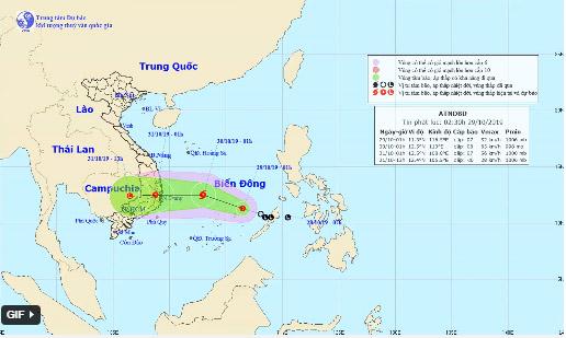 Ngày mai áp thấp nhiệt đới có thể mạnh lên thành bão, miền Trung mưa rất lớn-1