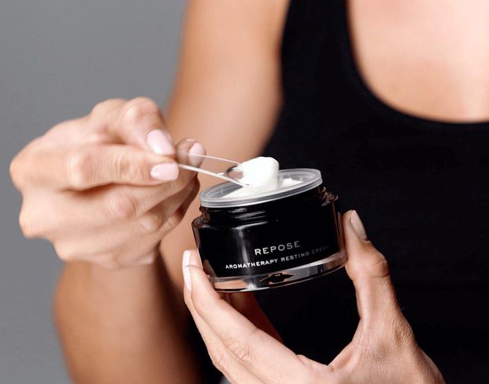 7 sản phẩm skincare có công dụng kỳ diệu như beauty sleep, bảo toàn làn da căng mọng hồng hào ngay cả khi bạn thiếu ngủ-3