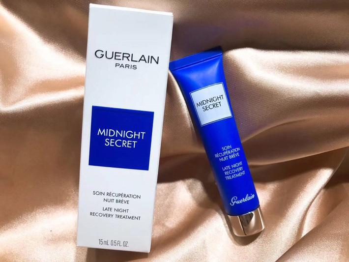 7 sản phẩm skincare có công dụng kỳ diệu như beauty sleep, bảo toàn làn da căng mọng hồng hào ngay cả khi bạn thiếu ngủ-8