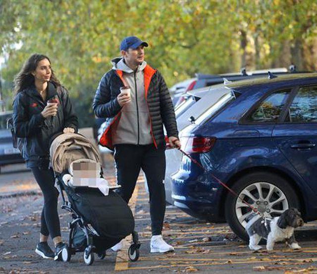 Ngắm gia đình hạnh phúc của HLV Frank Lampard-1
