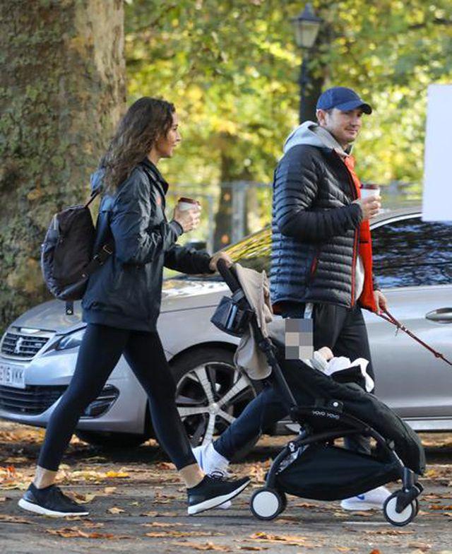 Ngắm gia đình hạnh phúc của HLV Frank Lampard-4