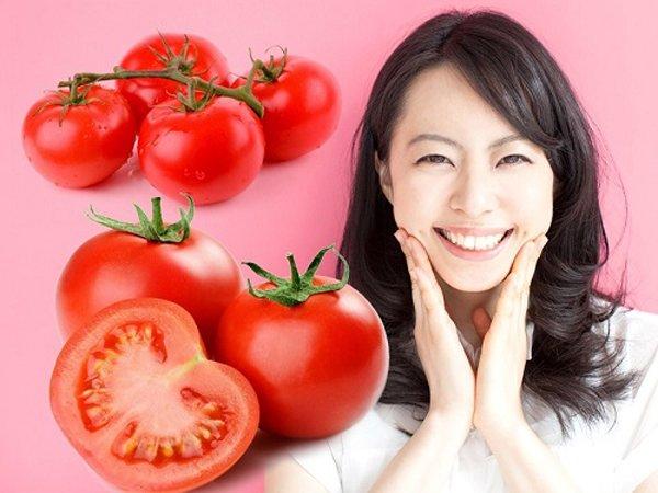 """Trước khi ngủ thoa vài giọt nước cà chua lên mặt, nám, tàn nhang cứ thế tự động bốc hơi""""-5"""