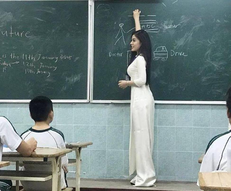 3 cô giáo trẻ khiến học sinh muốn tới lớp mỗi ngày vì quá xinh đẹp-20