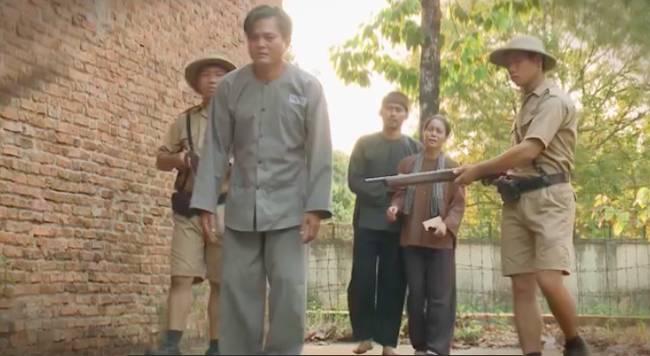 Tiếng sét trong mưa: Hình ảnh cuối cùng của Khải Duy trước khi đi tù, nhìn Thị Bình nói anh yêu em-2