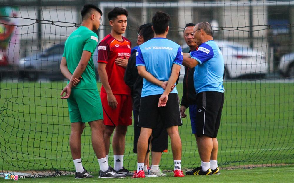 HLV Park sốt sắng với chấn thương của trụ cột U22 Việt Nam-8