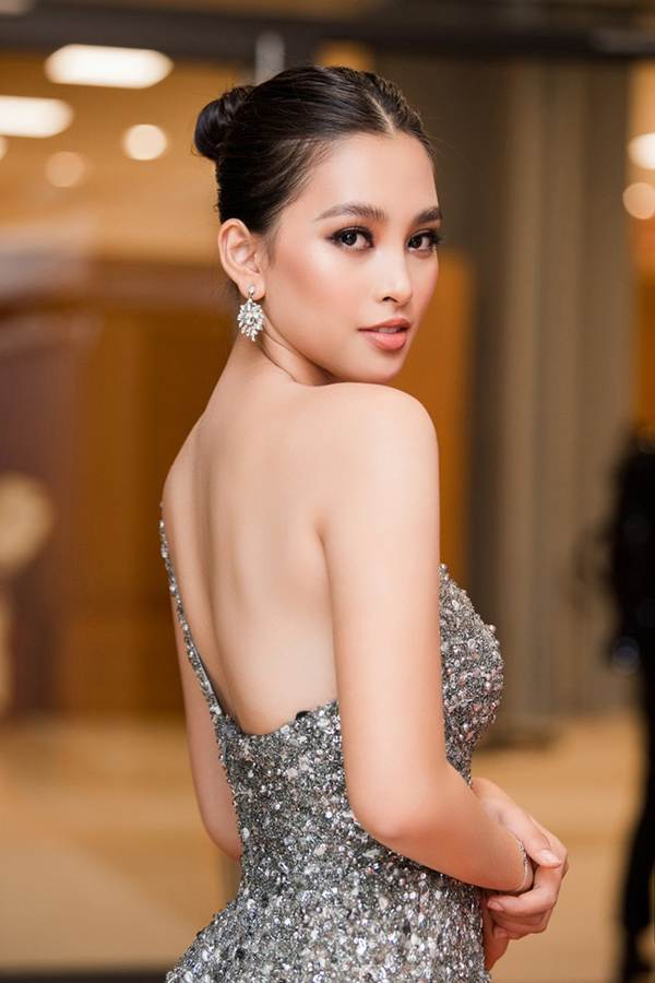 Xinh đẹp tựa nữ thần, Tiểu Vy đánh bật dàn sao đình đám giành giải Best Dress-4