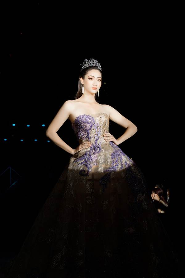 Xinh đẹp tựa nữ thần, Tiểu Vy đánh bật dàn sao đình đám giành giải Best Dress-11