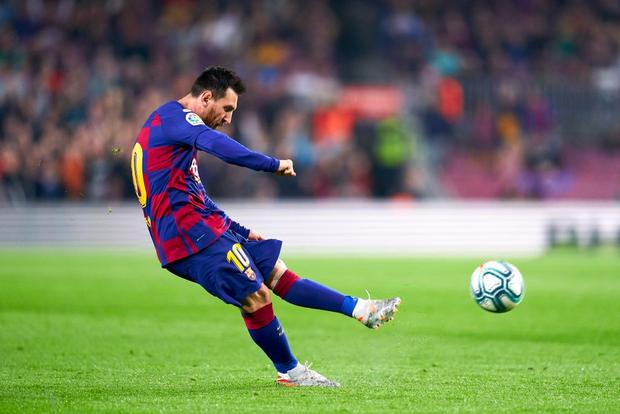 Messi tạo khoảnh khắc thiên tài, Barca đại thắng ở vòng 11 La Liga-6