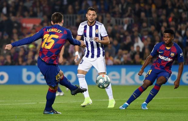 Messi tạo khoảnh khắc thiên tài, Barca đại thắng ở vòng 11 La Liga-2