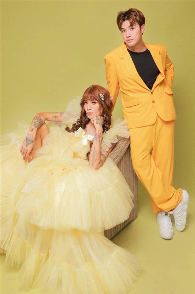 BB Trần và người yêu đồng giới hóa trang thành cô dâu, chú rể vào dịp Halloween-11