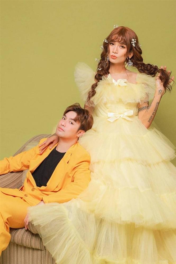 BB Trần và người yêu đồng giới hóa trang thành cô dâu, chú rể vào dịp Halloween-2
