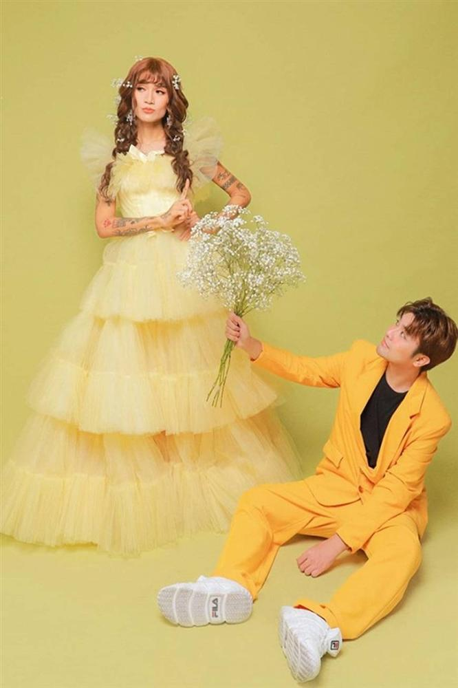 BB Trần và người yêu đồng giới hóa trang thành cô dâu, chú rể vào dịp Halloween-6