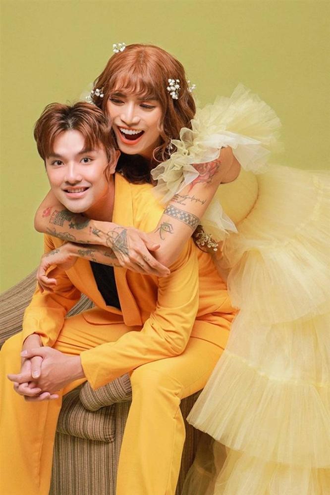 BB Trần và người yêu đồng giới hóa trang thành cô dâu, chú rể vào dịp Halloween-7