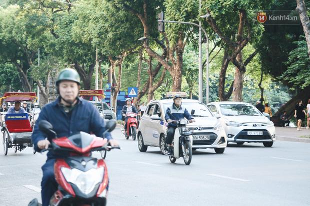 Người Hà Nội nói gì trước đề xuất cấm phương tiện lưu thông quanh Hồ Hoàn Kiếm trong 1 tháng?-4