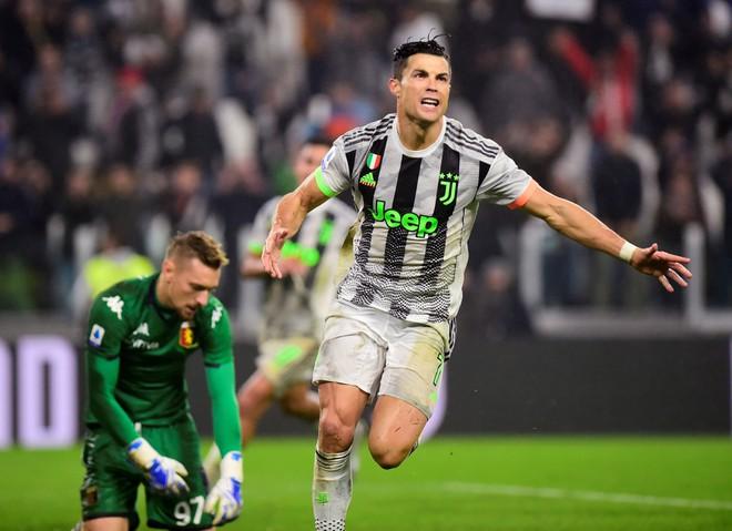 Ronaldo ghi bàn phút 90+6 đưa Juventus trở lại ngôi đầu-2