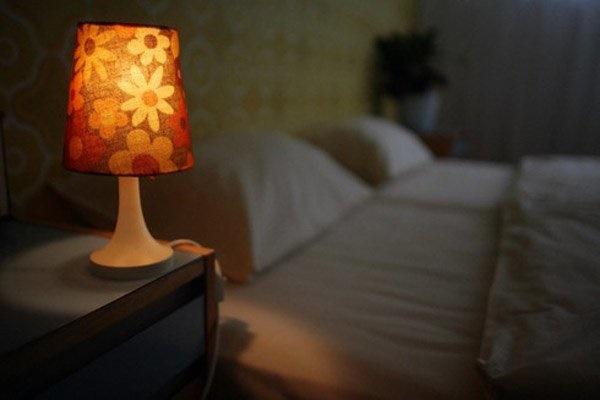 Một thói quen trước khi đi ngủ khiến vợ chồng khó có thai, trẻ dậy thì sớm dễ ốm đau-1
