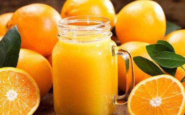 Những cấm kỵ độc kinh hoàng khi uống nước cam không phải ai cũng biết-2