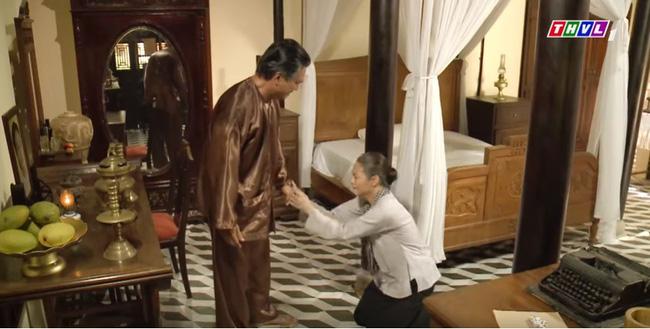 Tiếng sét trong mưa: Thị Bình gào khóc, quỳ gối van xin khi Khải Duy oán trách chuyện sinh con cho chồng mới-4