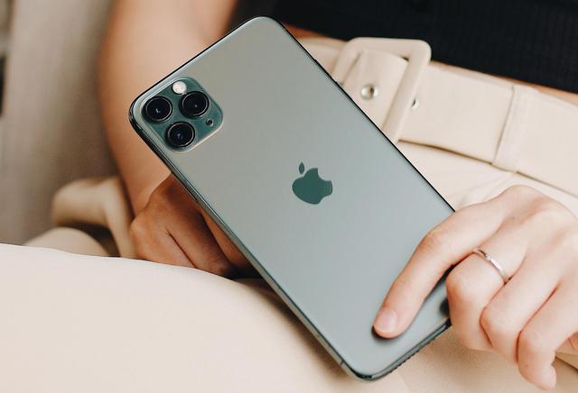 iPhone 11 chính hãng chính thức được bán ra với đơn hàng khủng-4