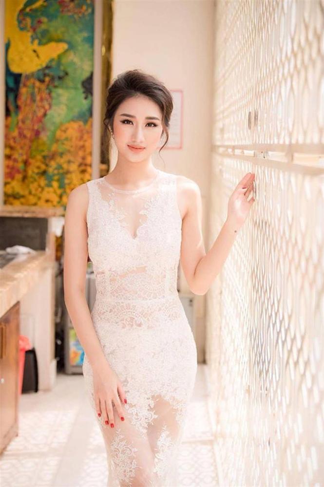 2 hoa hậu Việt lấy chồng tỷ phú hơn 18, 19 tuổi giờ ra sao?-10