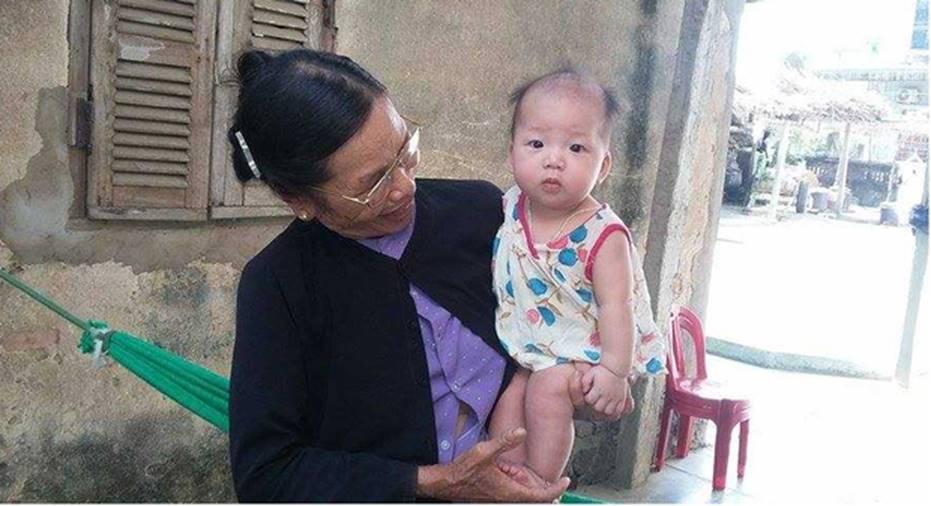 Đằng sau những căn nhà bạc tỷ ở làng xuất khẩu lao động Hà Tĩnh: Nước mắt, trốn chạy, và những phận người nằm lại nơi xứ xa-3