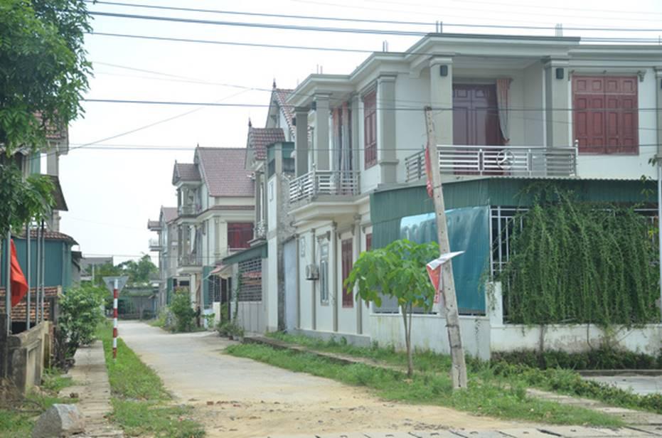 Đằng sau những căn nhà bạc tỷ ở làng xuất khẩu lao động Hà Tĩnh: Nước mắt, trốn chạy, và những phận người nằm lại nơi xứ xa-5