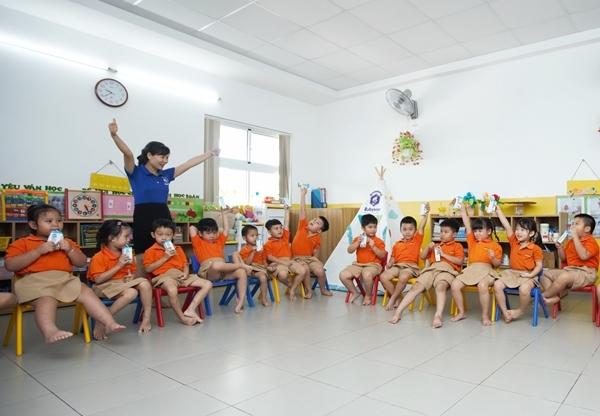 TP.HCM chính thức triển khai chương trình Sữa học đường-3