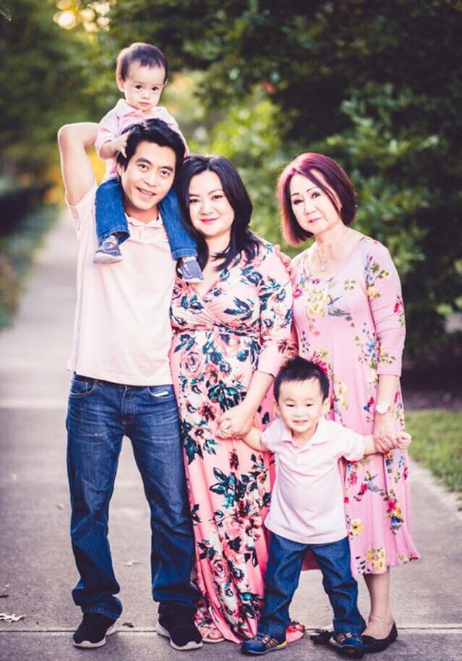 Bé Xuân Mai ở Mỹ: Từ phụ quán phở, bán điện thoại đến bà mẹ 3 con ở tuổi 23-16