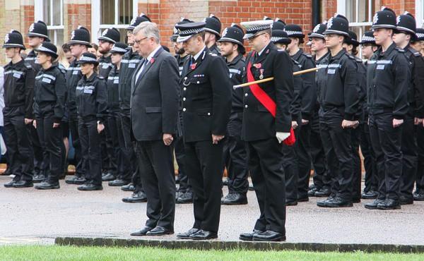 Cảnh sát Anh tổ chức lễ mặc niệm 39 người chết trong container-1