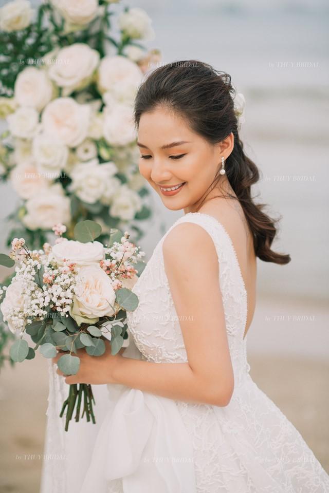 Kiều Oanh- vợ cố diễn viên người mẫu Duy Nhân rạng rỡ trong ngày cưới-6