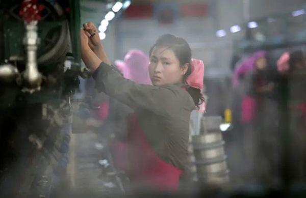 Hé mở cuộc sống bí ẩn của người lao động Triều Tiên-11