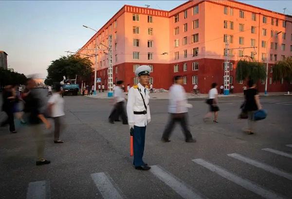 Hé mở cuộc sống bí ẩn của người lao động Triều Tiên-14