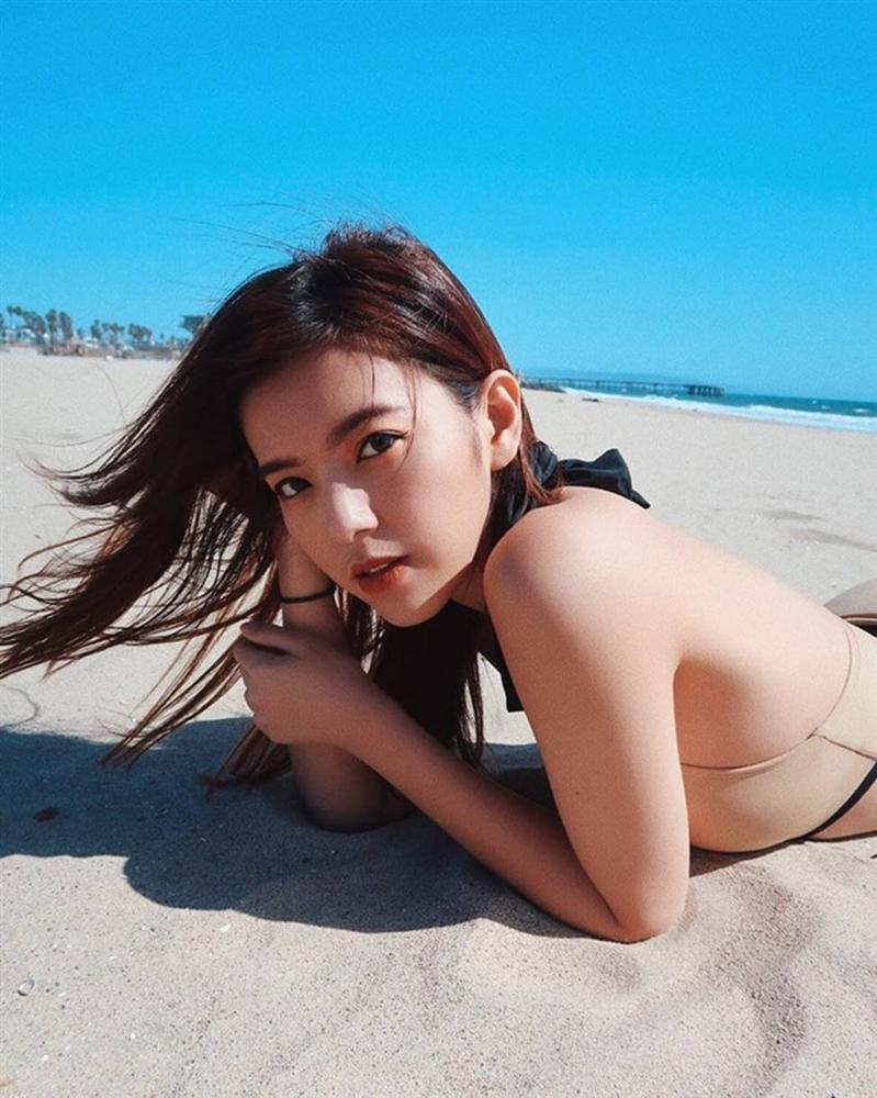 Vẻ đẹp nữ tính của 2 bông hồng lai Việt - Thái nhờ tập gym-10