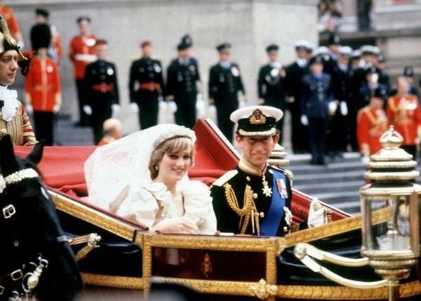 Vì sao Công nương Diana không tiết lộ chuyện mình mang thai Harry cho Thái tử Charles?-2