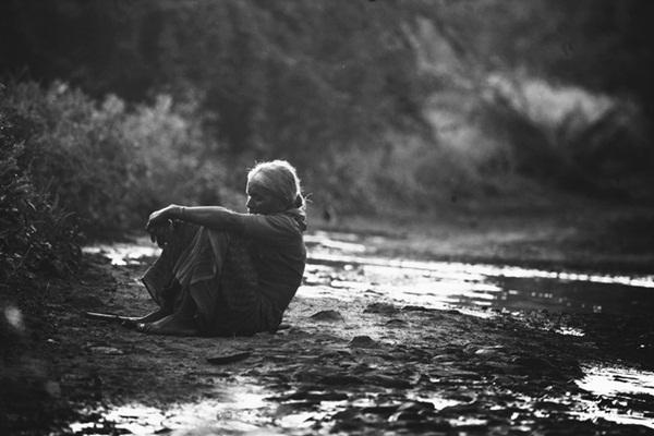 Hai cháu nhỏ đuối nước qua đời, ông bà nội uống thuốc sâu chết theo - thảm kịch nhói lòng thức tỉnh các bậc phụ huynh-3