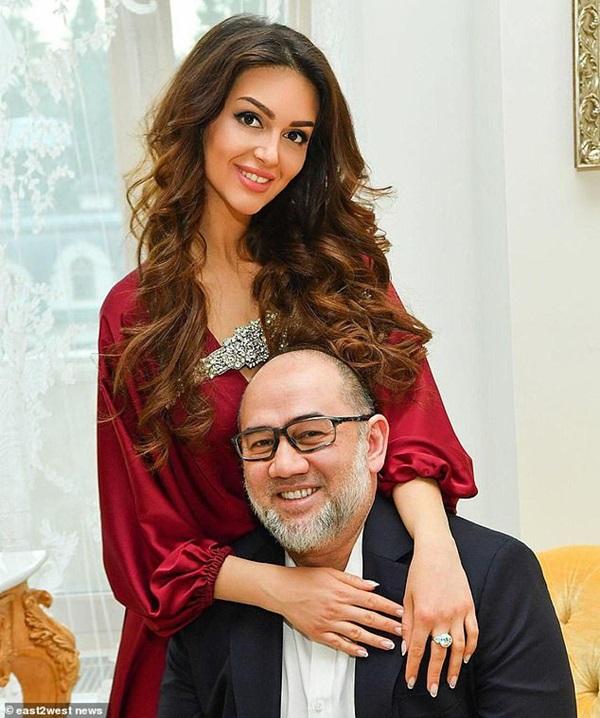 Cựu vương Malaysia không nhận con trai do hoa hậu Nga sinh-2