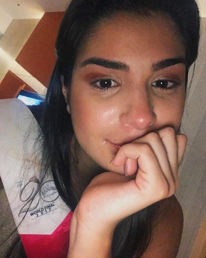 Mặt mộc của thí sinh Miss Universe 2019: Hoàng Thùy lộ vết thâm mụn, Puerto Rico dày đặc tàn nhang, Philippines đẹp phát hờn-9