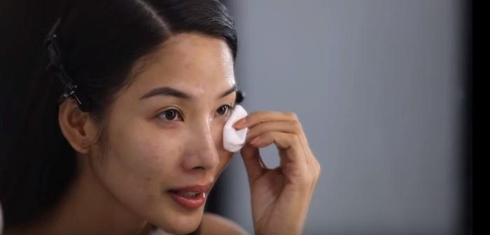 Mặt mộc của thí sinh Miss Universe 2019: Hoàng Thùy lộ vết thâm mụn, Puerto Rico dày đặc tàn nhang, Philippines đẹp phát hờn-2