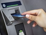 Thẻ ATM của ngân hàng nào ra nước ngoài có thể dùng như ở Việt Nam?-2