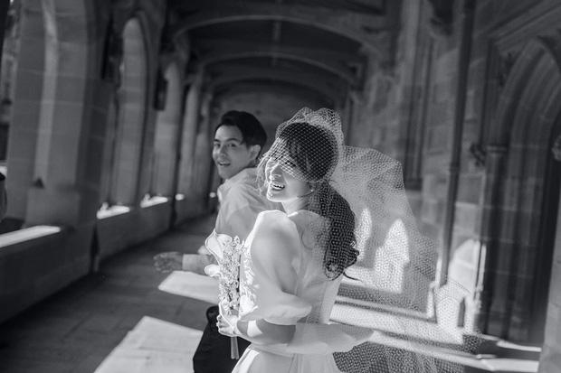 Đông Nhi tung trọn bộ ảnh cưới đầy cảm xúc ở Sydney cùng Ông Cao Thắng, đỉnh thế này mà ekip chỉ vọn vẹn 2 người-5
