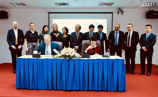 Vinmec bắt tay đối tác Australia nâng cao chất lượng điều trị ung thư-1