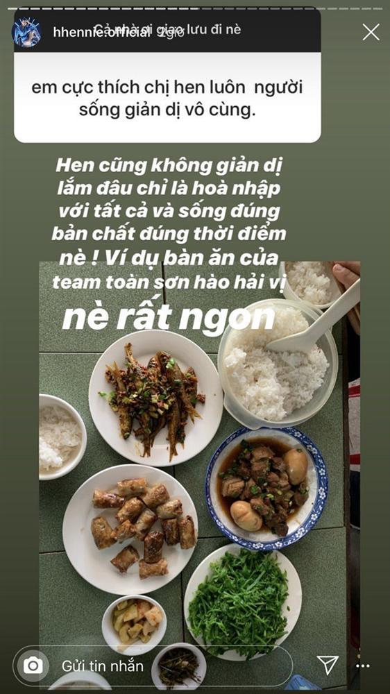 Hoa hậu nghèo nhất Việt Nam chia sẻ mâm cơm, chứng minh bản thân không giản dị-1