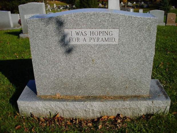 Những câu nói cực lầy khắc trên bia mộ khiến Thượng đế cũng phải cười khi đọc được-3