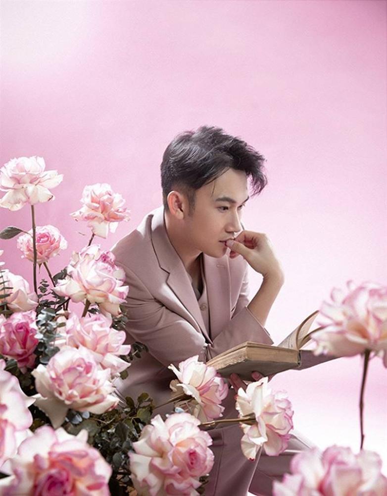 Dương Triệu Vũ hớp hồn người xem với phong cách ngọt ngào tựa hoàng tử hoa-8