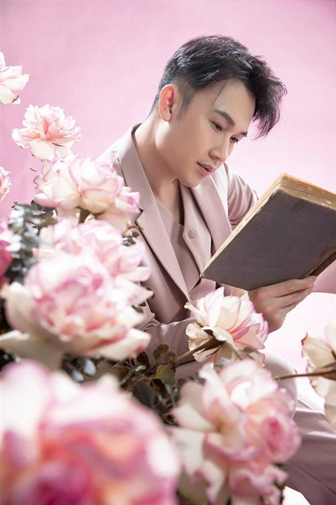 Dương Triệu Vũ hớp hồn người xem với phong cách ngọt ngào tựa hoàng tử hoa-13