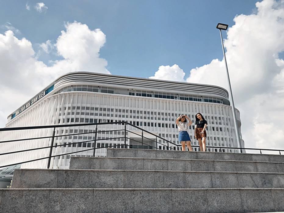 Khám phá Ngôi nhà hình lục giác trị giá hơn 400 tỷ đồng đang làm mưa làm gió sinh viên Sài Gòn-20