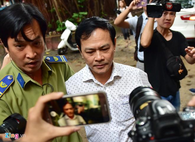 Nguyễn Hữu Linh tiếp tục được xử kín tội dâm ô-1